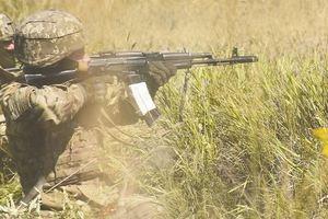 Боевики на Донбассе усилили обстрелы, применив танк