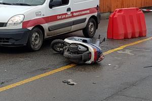 Подробности ДТП со скутеристом в Киеве: мужчина умер