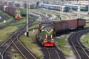 Во Львовской области молодой парень попал под локомотив