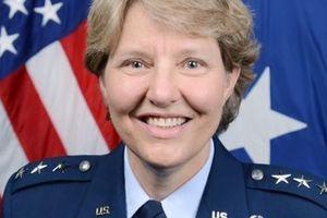 Женщина, командовавшая в армии США, стала главой судей НБА