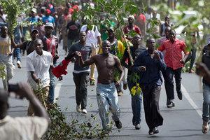 Протесты в Кении: полиция расстреляла людей