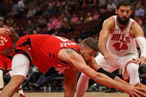 """Баскетболист """"Чикаго"""" получил перелом челюсти и сотрясение мозга после драки с одноклубником"""