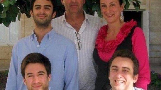 Сыновья убитой наМальте журналистки требуют отставки властей