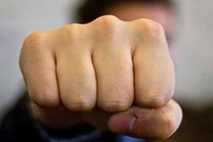 В Конотопе жестоко избили депутата