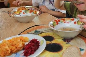 В детском саду на Прикарпатье произошло массовое отравление