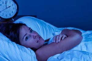 Ученые назвали причины, по которым многие не могут выспаться