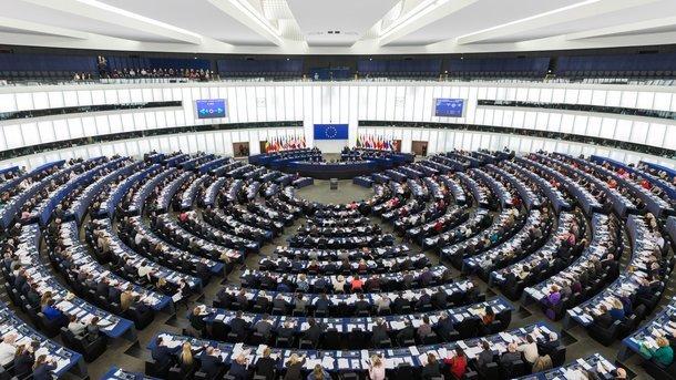 ВЕвропарламенте проведут дебаты из-за заявлений сотрудниц одомогательствах