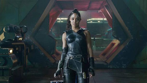 Marvel впервый раз продемонстрировал супергериню с нестандартной ориентацией втретьем «Торе»