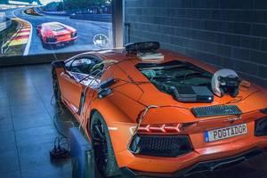 Геймер превратил Lamborghini в контроллер для Xbox