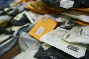 В Украине задумались о новых налогах для посылок с Aliexpress