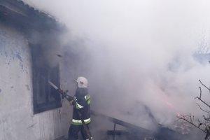 Житель Хмельницкой области сжег дом своей матери