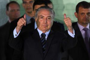 Парламент Бразилии защитил президента от обвинений в коррупции