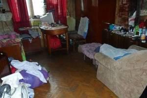 В Киеве мужчина пытался утопить мать в туалете