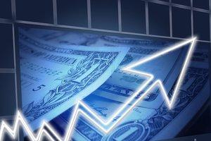 НБУ пересмотрел прогноз по росту ВВП