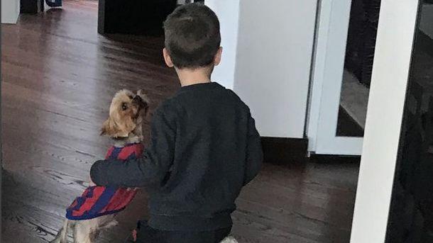 Ярмоленко-младший с домашним питомцем. Фото Instagram