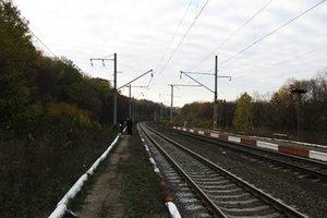 В Хмельницкой области женщину-грибника переехал поезд