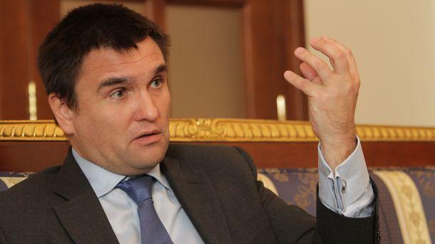 Умеров иЧийгоз ожидают самолет встолицу Украинского государства