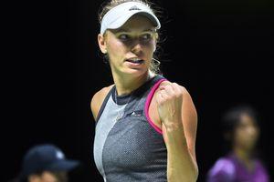 Каролин Возняцки стала первой финалисткой Итогового чемпионата WTA