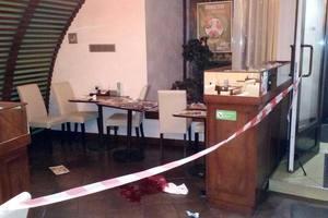 Стрельба в центре Киева: посетитель суши-бара получил пулю в голову