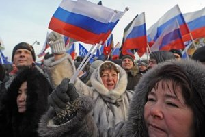 Полозов: В Крым свозят десятки тысяч россиян