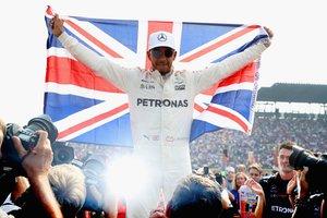 Что вдохновляет на победы чемпиона Формулы-1 Хэмилтона