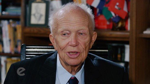 Сергей Хрущев. Кадр из видео