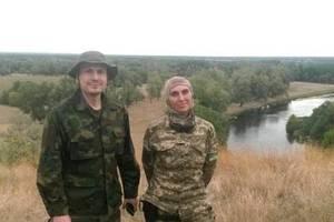 Супруг Окуевой был ранен  в ногу и находится в тяжелом состоянии