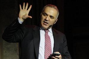 Каспаров рассказал, почему оппозиция не должна участвовать в выборах президента России
