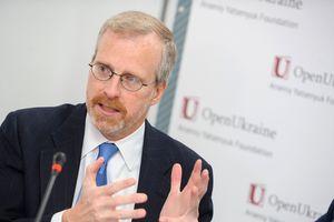 Интервью с американским экспертом: Миссия Курта Волкера по Донбассу невыполнима