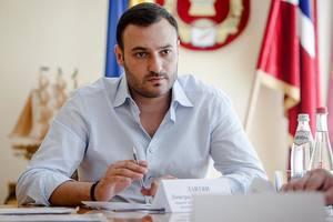 Новый заместитель Кличко купил элитный внедорожник