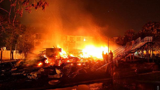 Пожар вОдессе: чиновнику ГСЧС проинформировали о сомнении