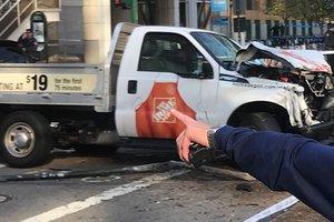 В Нью-Йорке мужчина наехал на велосипедистов и открыл огонь