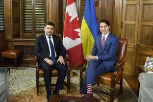 У Трюдо появились украинские носки