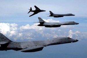 Американские бомбардировщики провели полеты вблизи КНДР