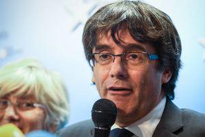 Пучдемон потребовал освободить экс-членов правительства Каталонии