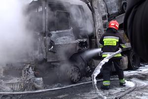 Масштабное ДТП возле Ровно: столкнулись два автовоза, есть жертвы