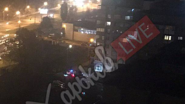 Вцентре Харькова расстреляли иномарку, шофёр умер