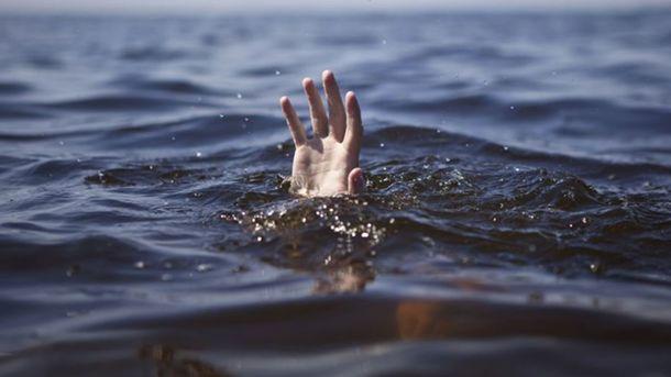 ВВинницкой области впруду выявили тела 3 утонувших рыбаков