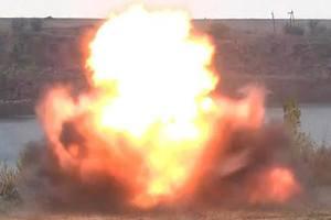 "Боевики обстреляли позиции сил АТО из ""Градов"" и тяжелой артиллерии"