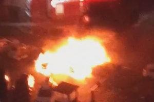 В Одессе ночью подожгли почти два десятка машин