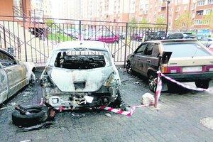 Массовый поджог машин в Одессе: все подробности