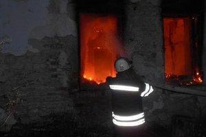 За день в огне погибли два человека