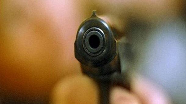 Два одессита устроили стрельбу на стоянке