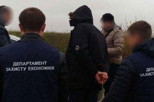 В Ровенской области на взятке погорел работник прокуратуры