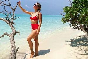 Жена экс-главы ФФУ выкладывает сексуальные видео с отдыха на Мальдивах