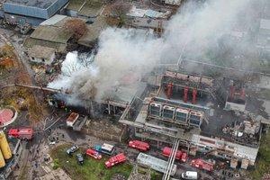 Крупный пожар в Одессе: появились подробности и новое видео