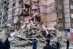 Трагедия в Ижевске: опубликовано видео момента мощного взрыва и обрушения дома