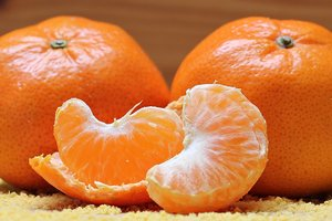 Какие мандарины нельзя есть: ответ врачей