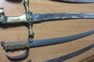 У гражданина РФ на границе с Польшей изъяли старинное оружие