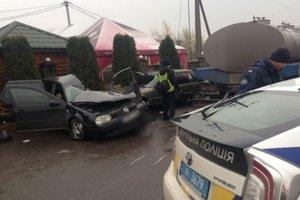 На трассе Киев - Чоп столкнулись пять авто: есть жертвы